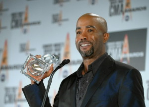 Darius Rucker wins big at CMA Awards 2009